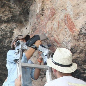 Archaeologists using the portable XRF to obtain chemical data of pigments in Texas rock art.